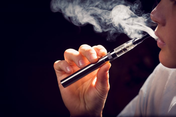 General Surgeons Say That There Is No Such Enough Evidence To Prove, E-Cigarettes Help To Stop Smoking!